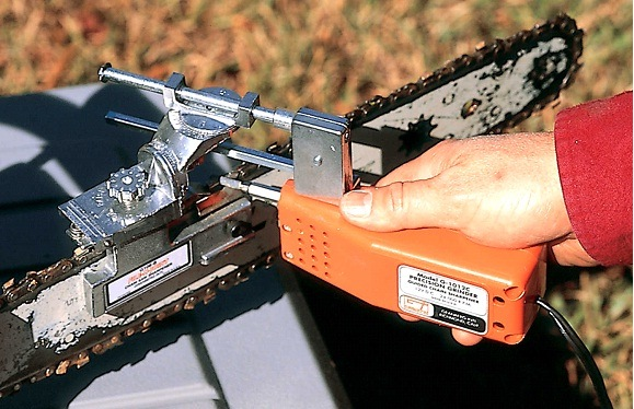 How To Sharpen A Chainsaw Blade