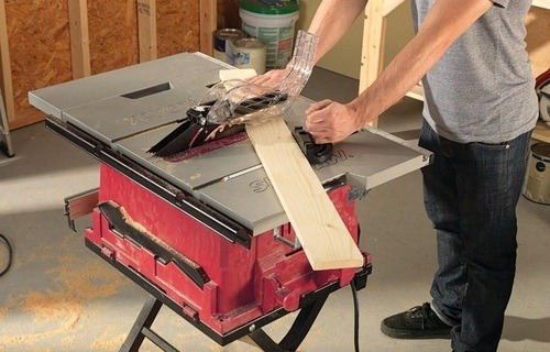 Best contractor table saw for your work at home
