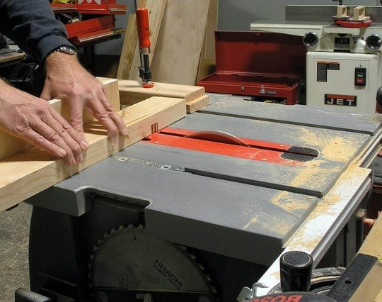 The best cabinet table saw for your heavy-duty jobs